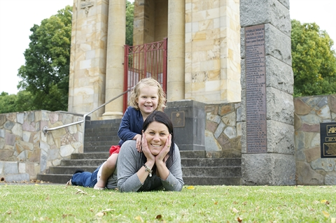 Emmy and Izzy, Memorial Square Colac